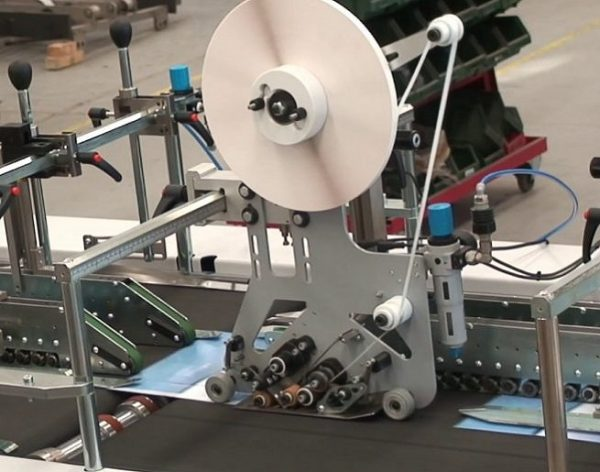 double sided tape applicator